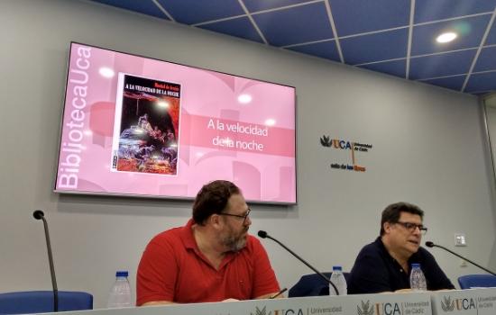 Presentado el libro A la velocidad de la noche de Montiel de Arnáiz