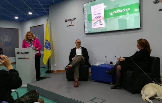 """Presentado el libro de Paqui Ayllón """"La lectora ciega"""""""