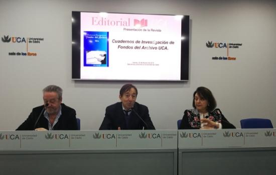 """Presentada la Revista """"Cuadernos de Investigación de Fondos del Archivo UCA""""."""