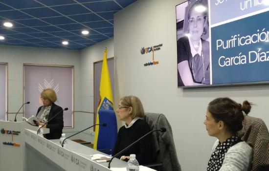 """Presentado el libro """"Actrices secundarias"""" de Purificación García Díaz"""