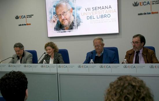 Presentación de la VII Semana Universitaria del Libro dedicada al escritor Juan José Téllez