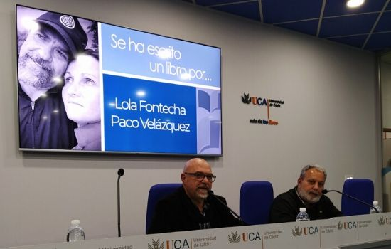 """Presentado el poemario """"De Mar a Mar"""" de Lola Fontecha y Paco Velázquez"""